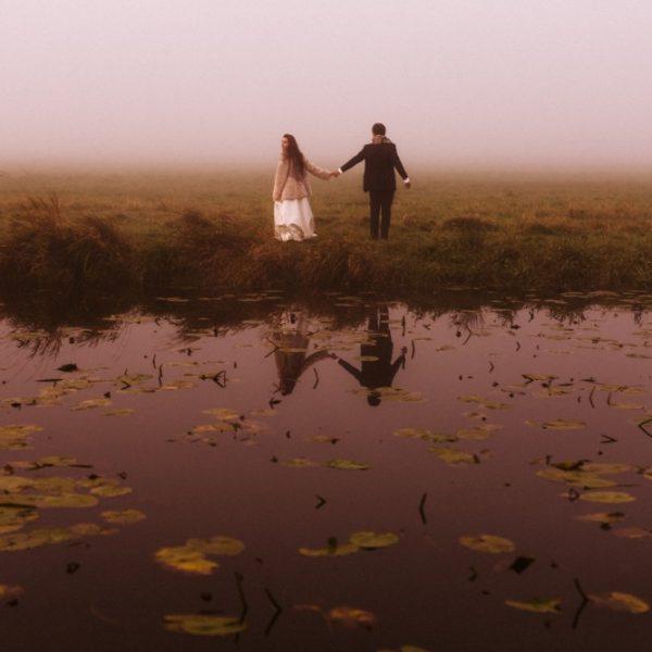 Sesja ślubna o wschodzie słońca.
